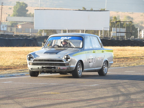 Gary Stacey's Mk1 Ford Cortina in action