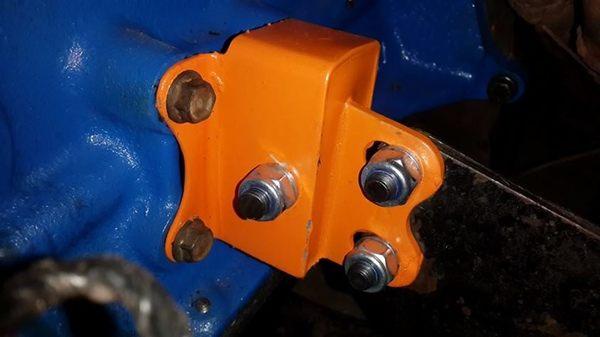 Fossa Ford Anglia engine mount