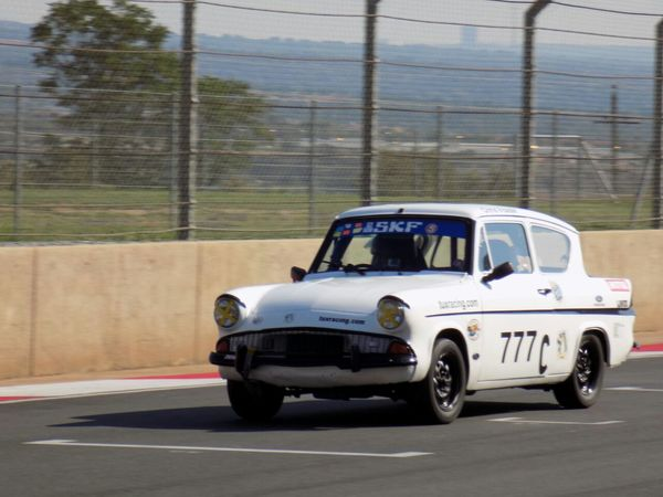 Fossa Ford Anglia Photo credit: Wessel Naude