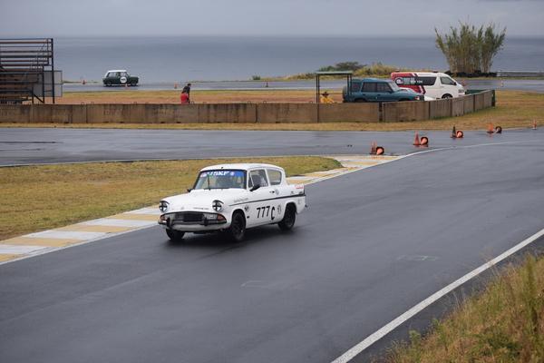Dezzi Raceway, Friday, 1/08/2018. Fossa Ford Anglia